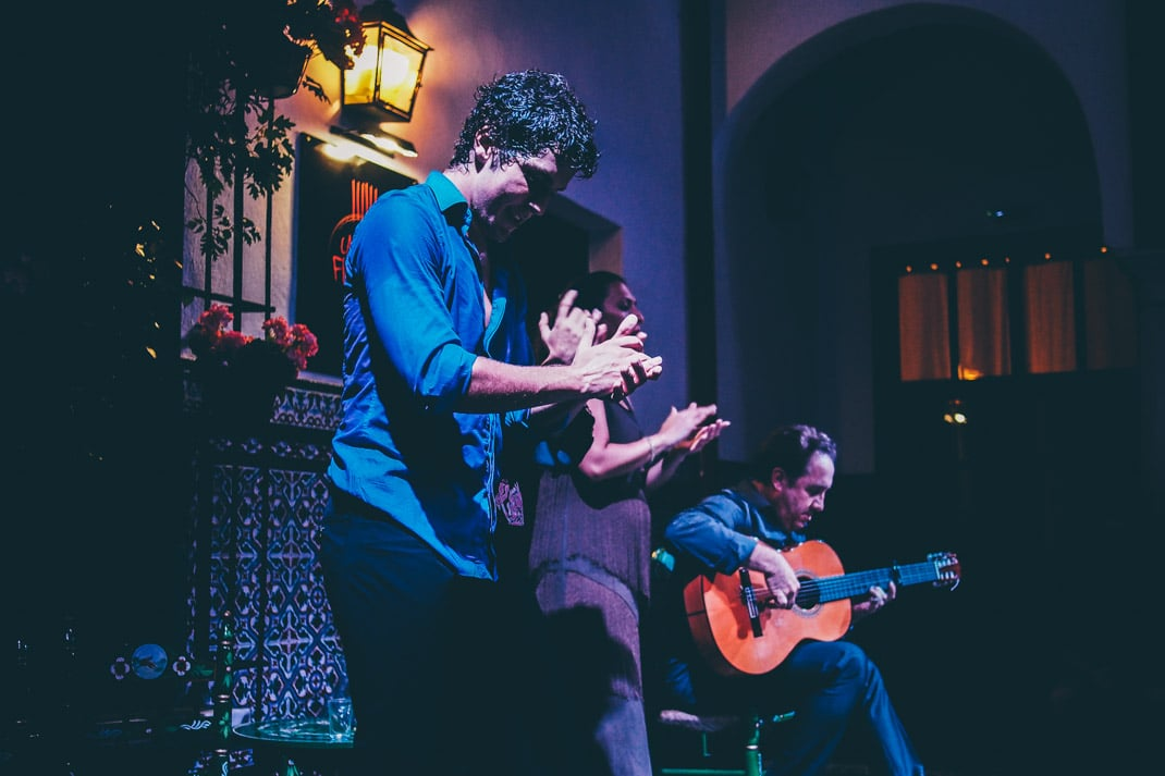 danseur et guitariste flamenco seville voyage en espagne