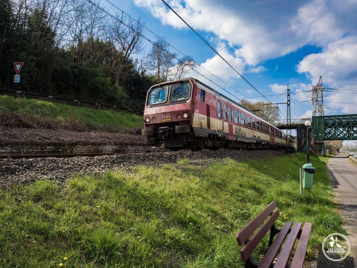 train qui passe à Urt au pays basque