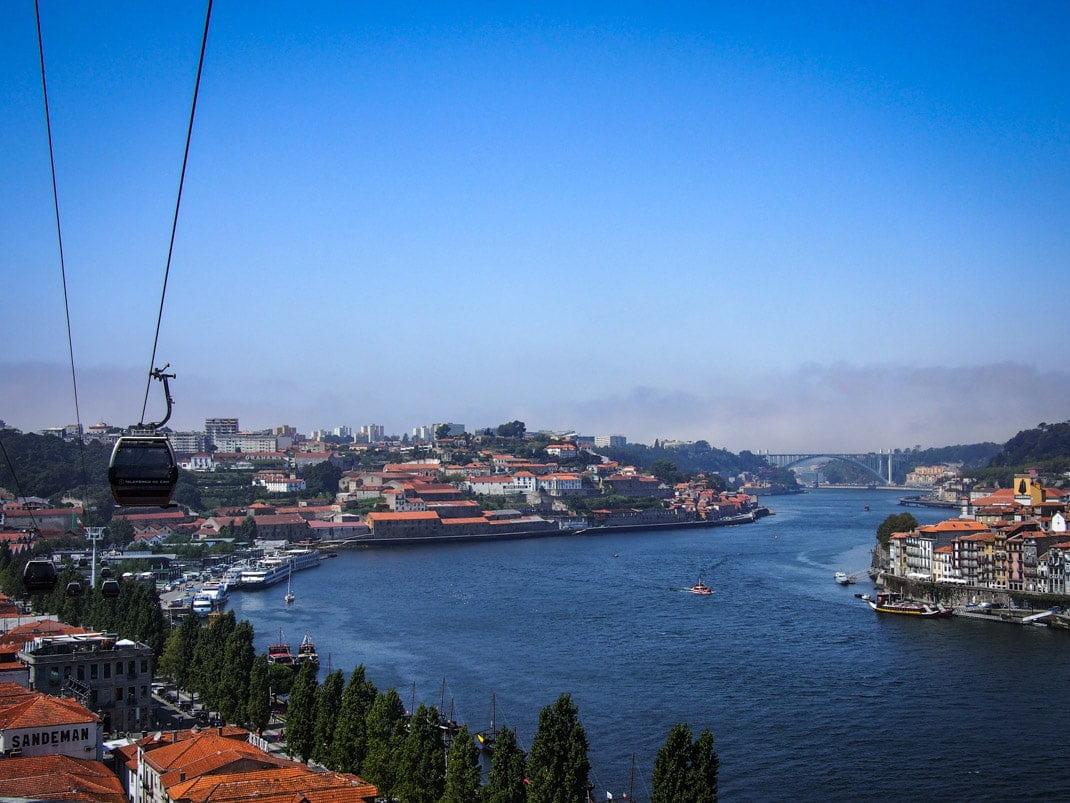 belle vue du douro et de porto depuis le telepherique voyage portugal