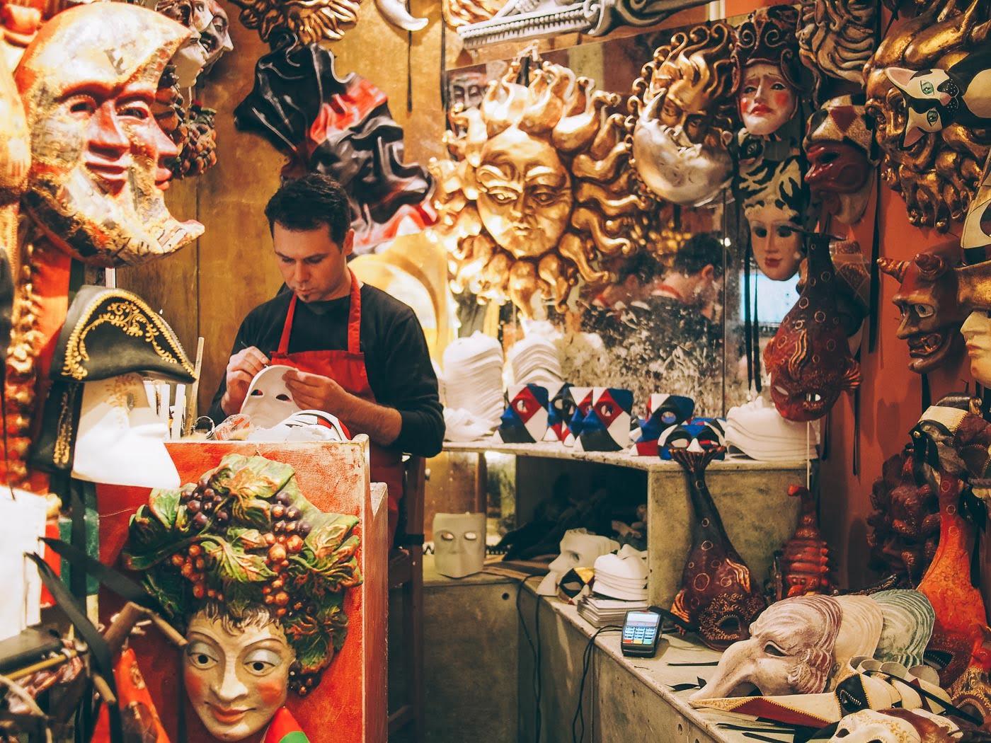 Masque de Carnaval, Visiter Venise, voyage en Italie